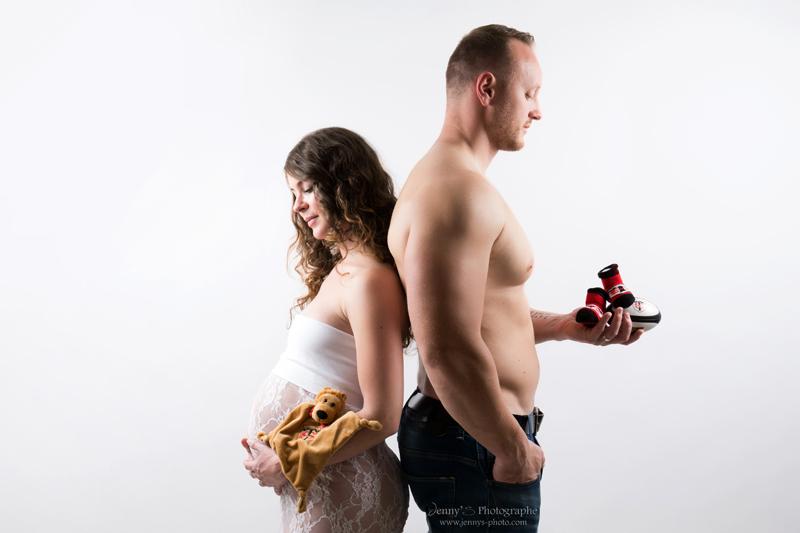 image femme enceinte stade toulousain